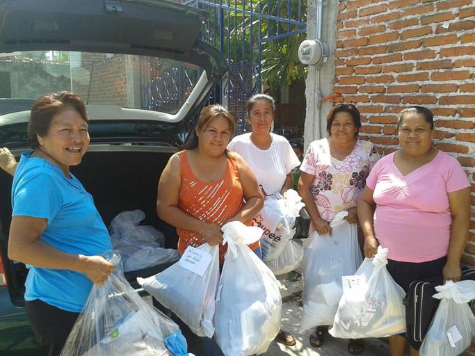 Desayuno con Centros Comunitarios de Mujeres