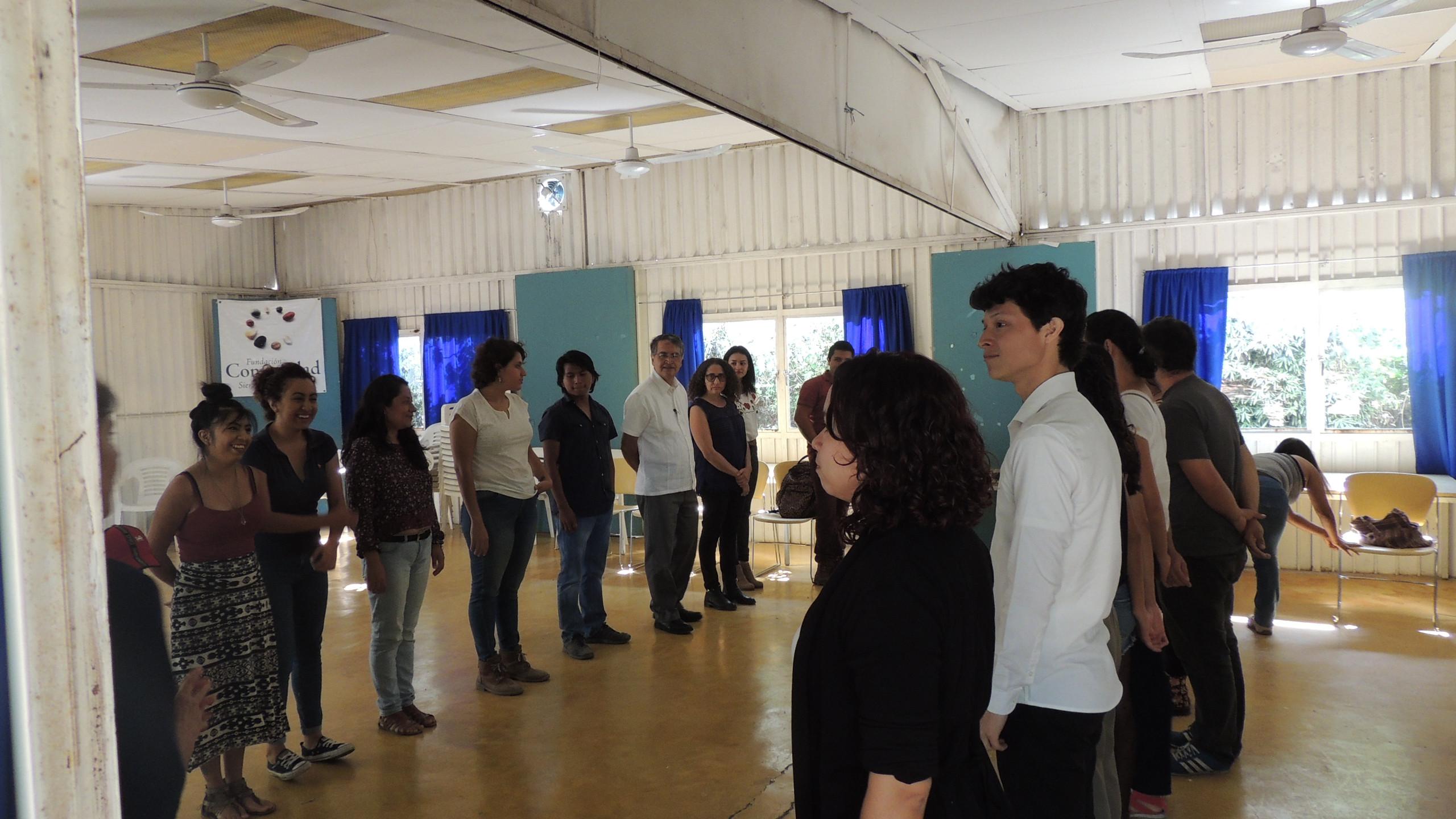 Jóvenes integrantes de OSCs