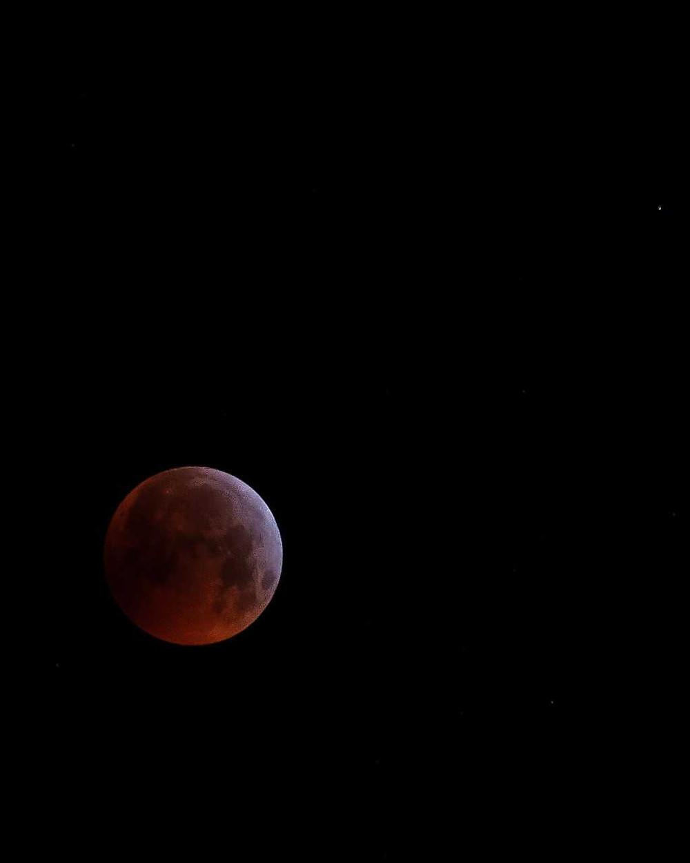 The 2019 Lunar Eclipse captured from Black Rock Beach Resort at Millendreath Beach, Cornwall