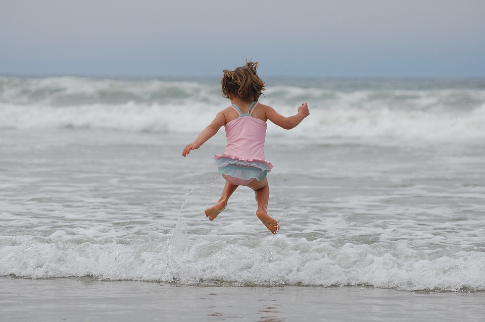 Whatever the weather, Millendreath Beach has plenty to keep your little ones entertained. Get out and explore with our private beach, woodland and stunning surroundings