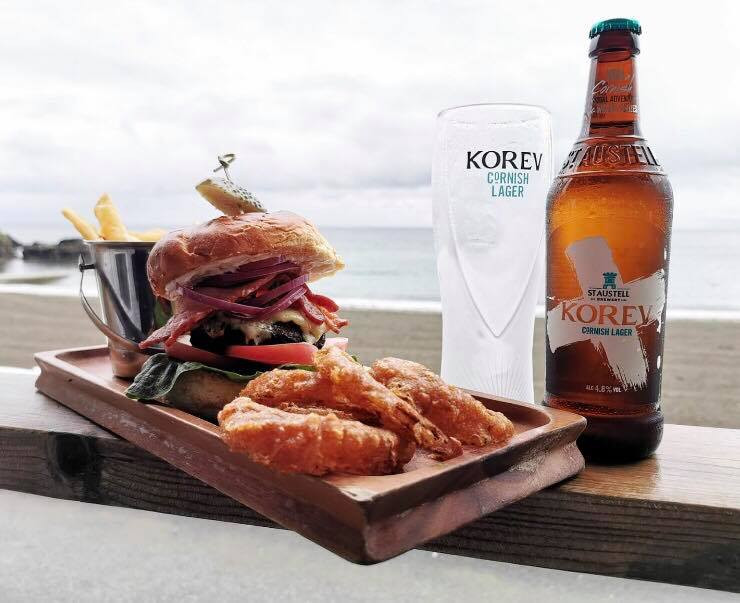 Black Rock Burger with a bottle of Korev Lager