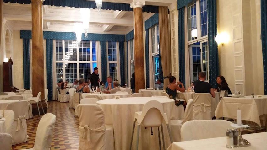 Eetzaal Grand Hotel
