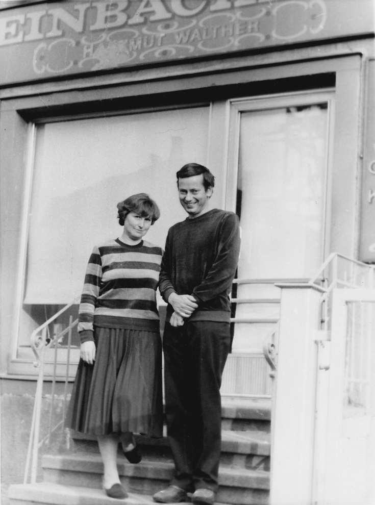 Hartmut Walther mit seiner Frau Christa 1982