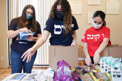 In its second pandemic Passover, Houston Hillel saves seder - again
