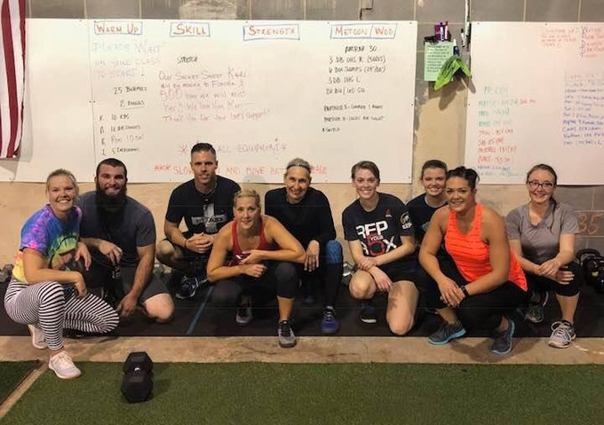 It was a blast having Misfit athlete Kari's family drop in for a Saturday Partner WOD. That WOD was killer...ALL THE SQUAT HOLDS!