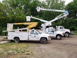 Embark-Tree-Removal-3-Bucket-Trucks