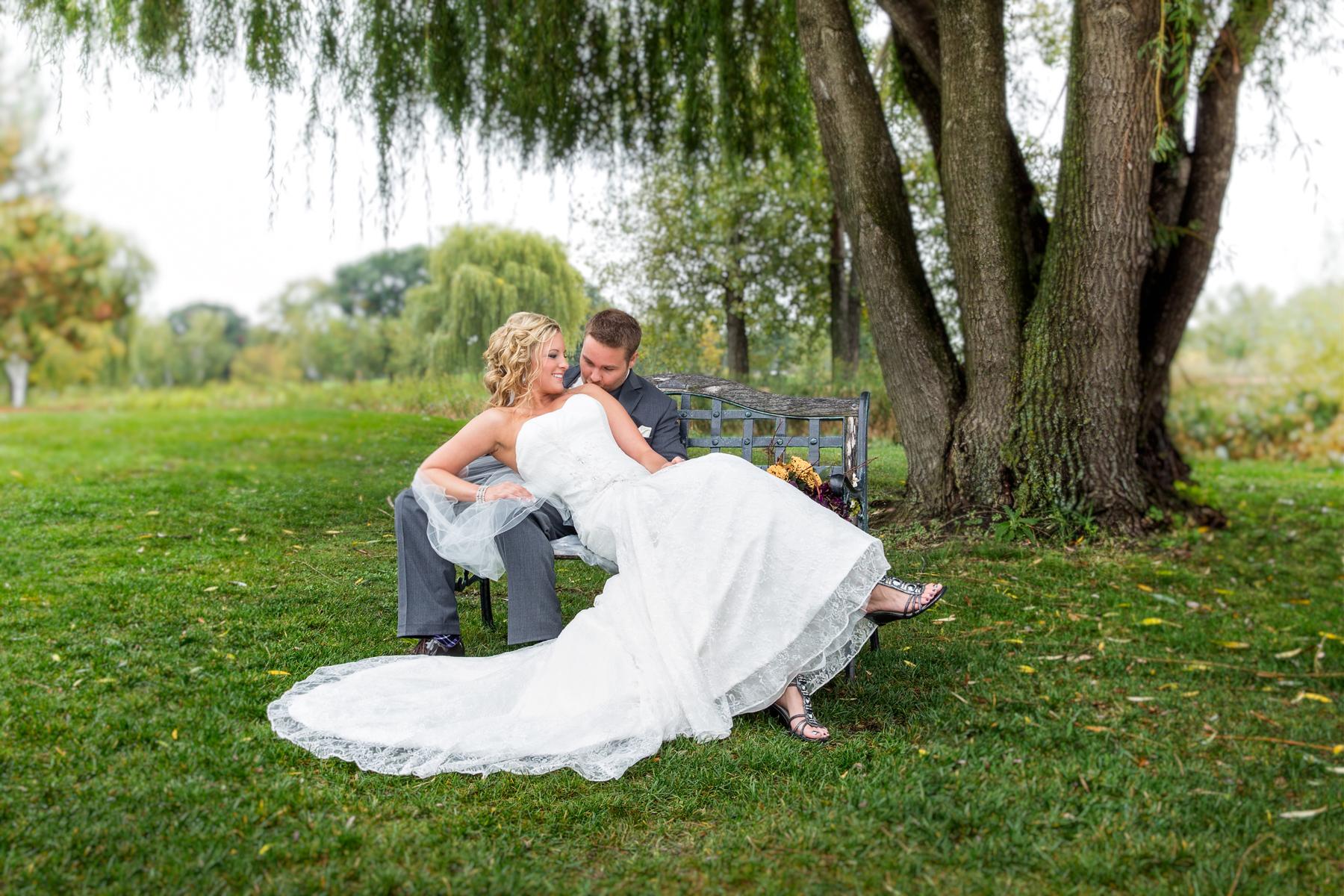 Majestic Oaks MN Wedding