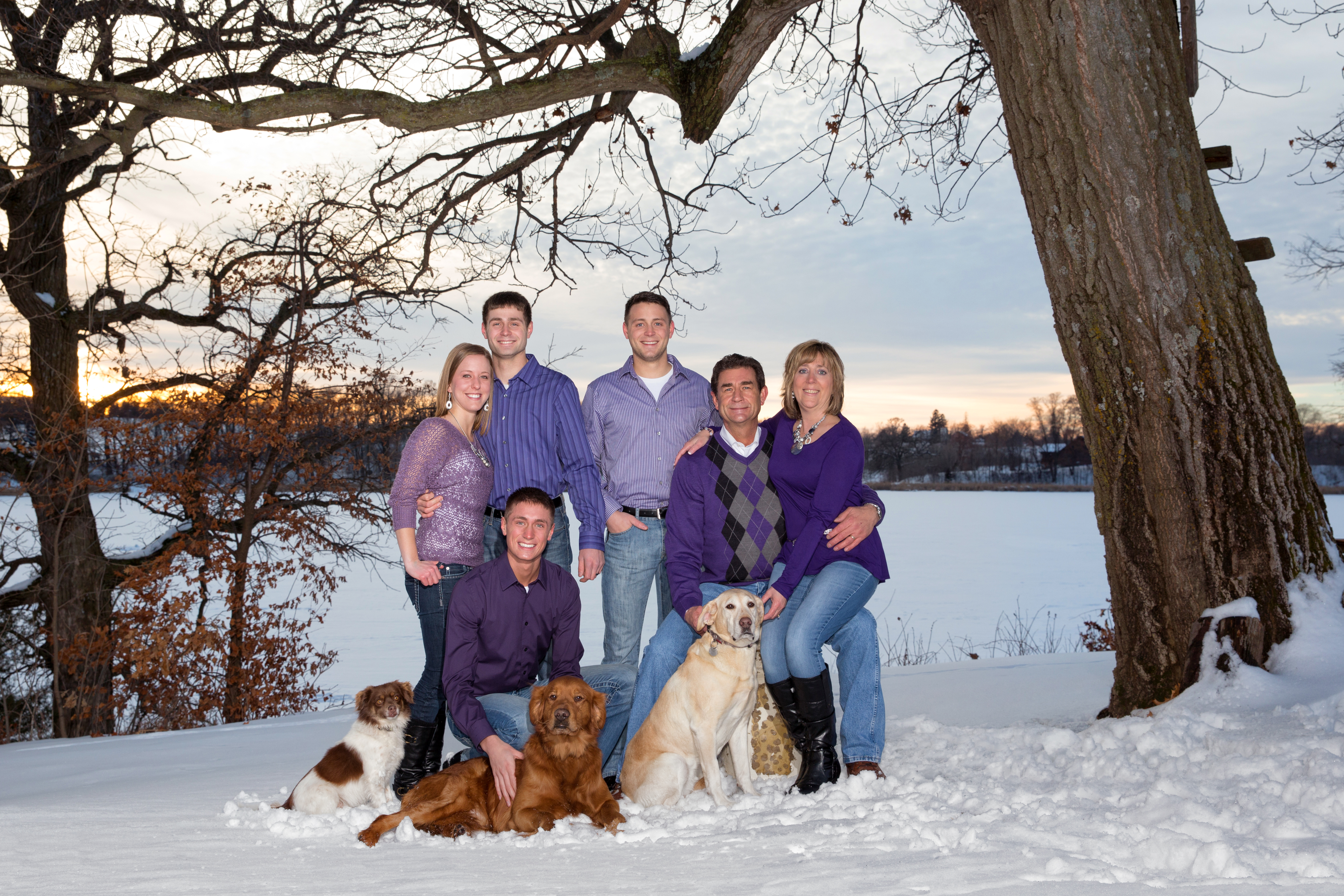 winter family portrait photographer