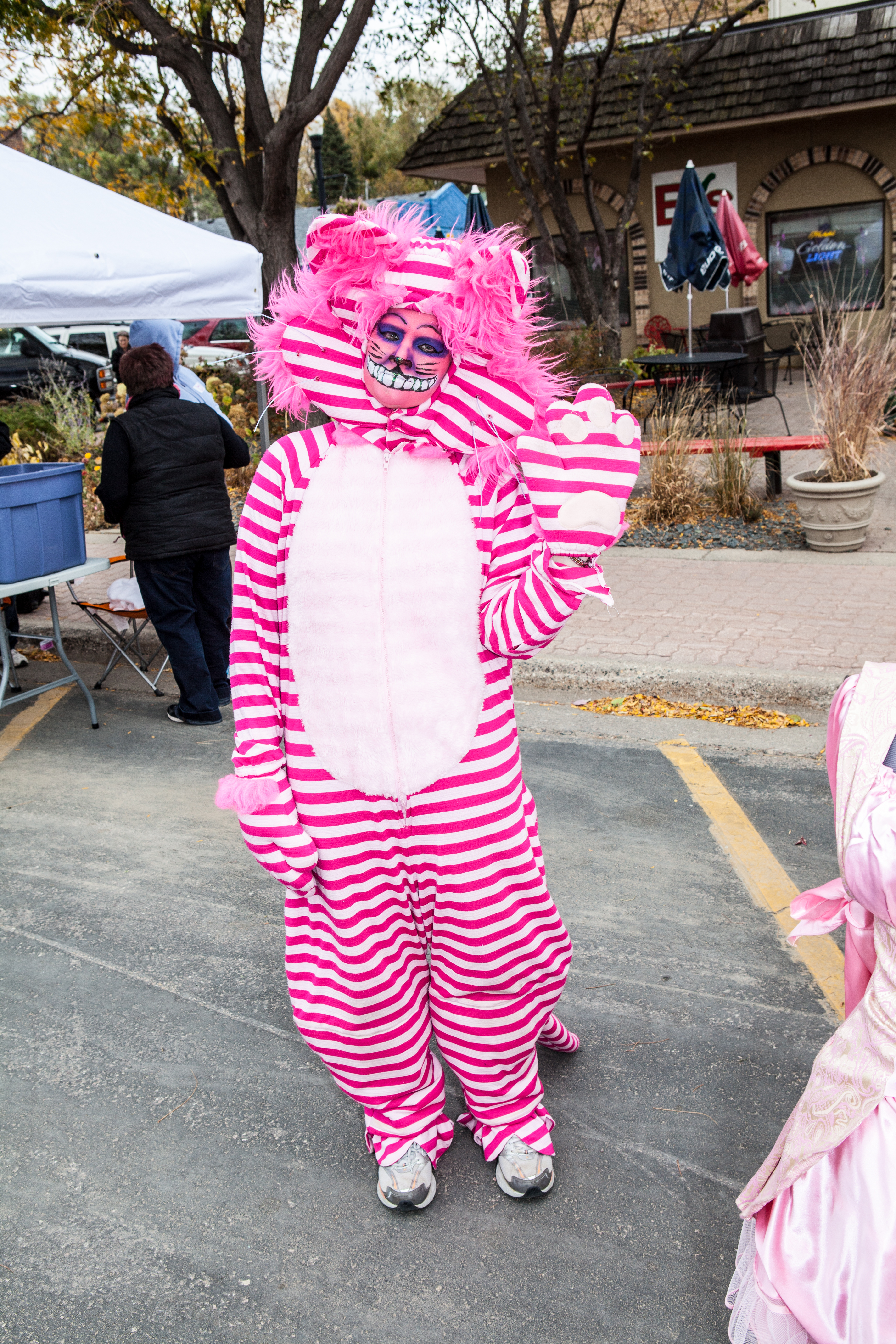 buffalo pink street party image #-65