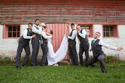 Fun bridal party photo idea