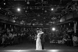 Awesome wedding first dance photos