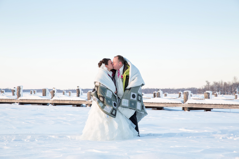 MN winter wedding photos