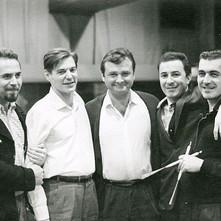 T. Neto, T. Jobim, S. Getz, J. Gilberto, M. Banana