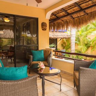 Villa patio