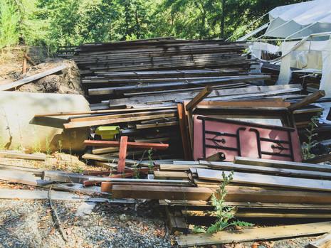 We love salvaged wood