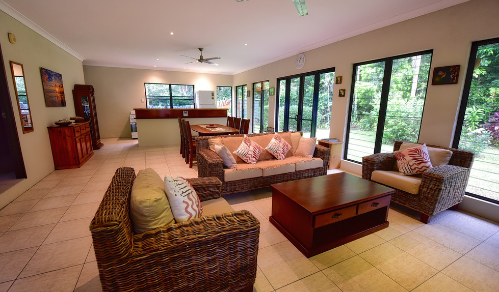 Big Bungalow living area