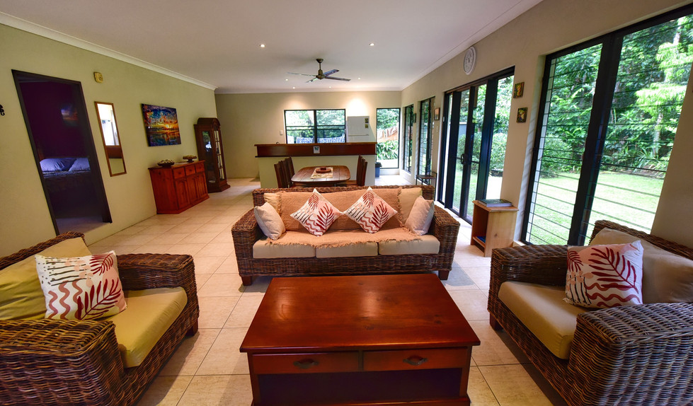 Big Bungalow living room