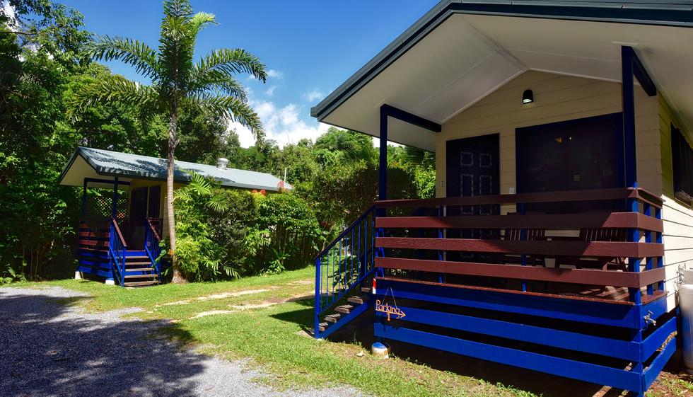 bungalows3 4864.jpg