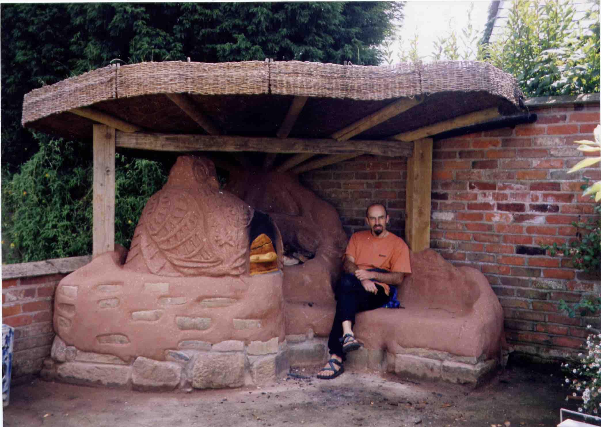 Marton Oak House - Cob Oven