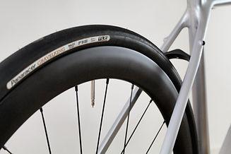 silverexp_rearwheel.jpg