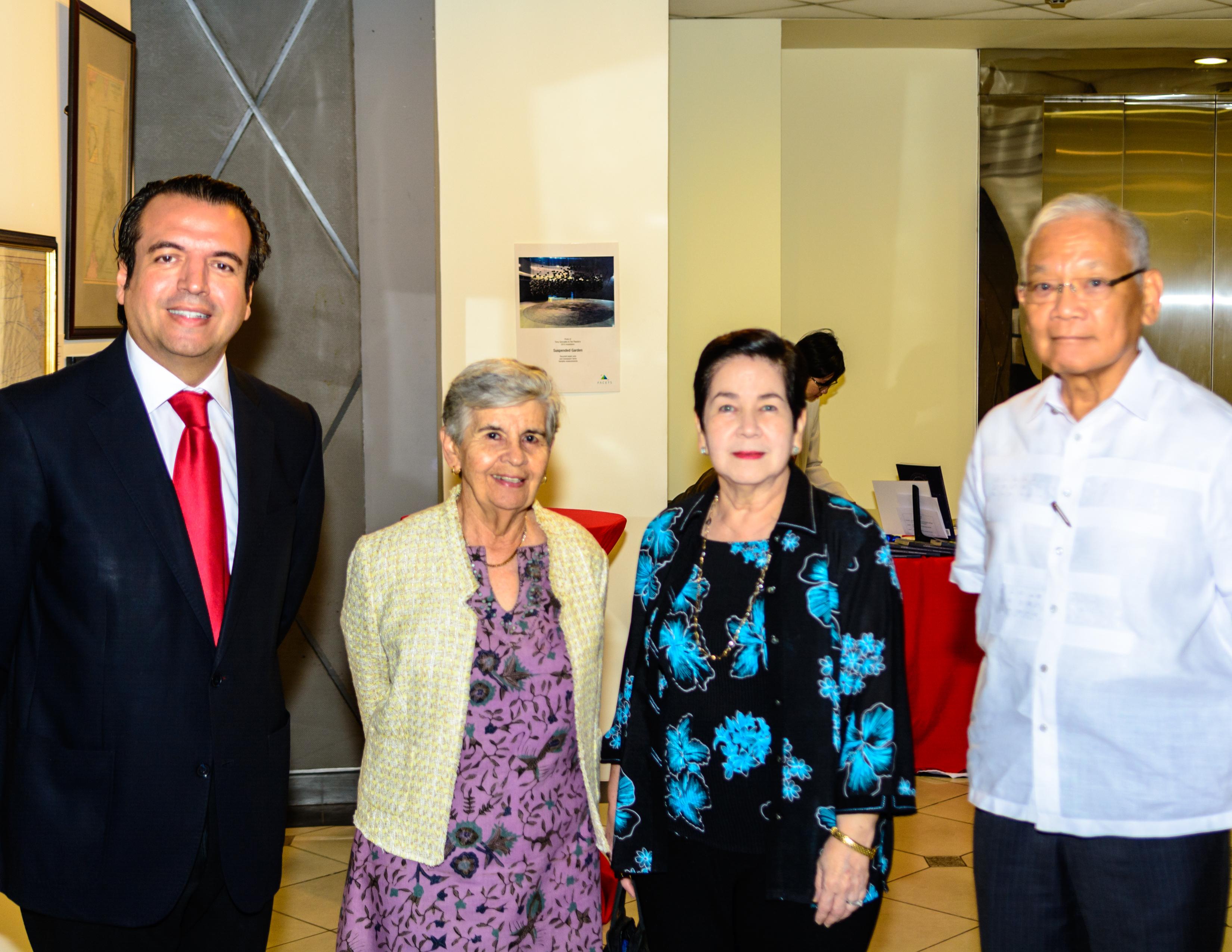 Alfredo Roca, Maribel Ongpin, Chari Montilla & Jimmy Laya