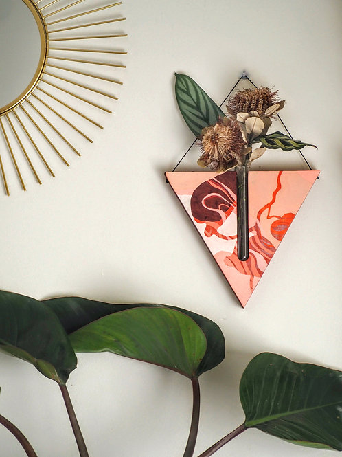 Red wine swirl triangular wall planter