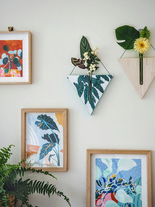 Begonia  triangular wall planter