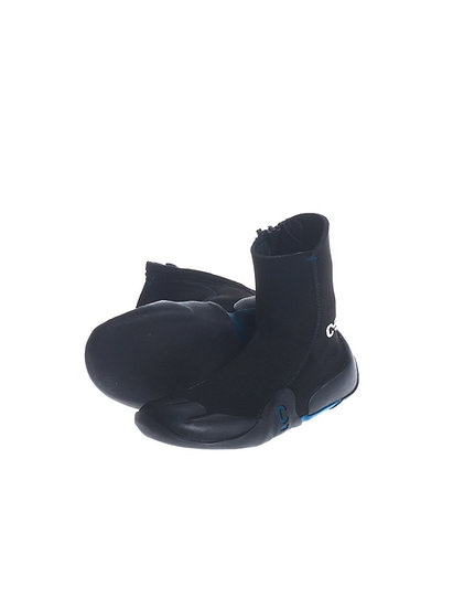 C-Skins Legend Junior Zipped Boots.