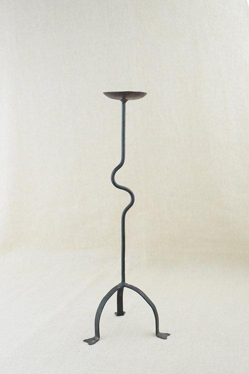 Curve Iron Candle Holder
