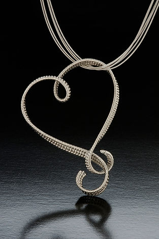 Jewlery-Platinum-Pendant-Barbara-Berk-Open-Heart