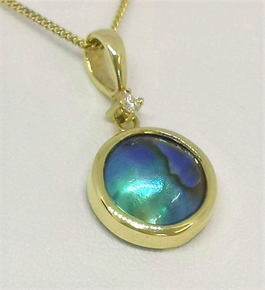 New Zealand Blue Pearl Diamond Pendant, 14 carat Yellow Gold