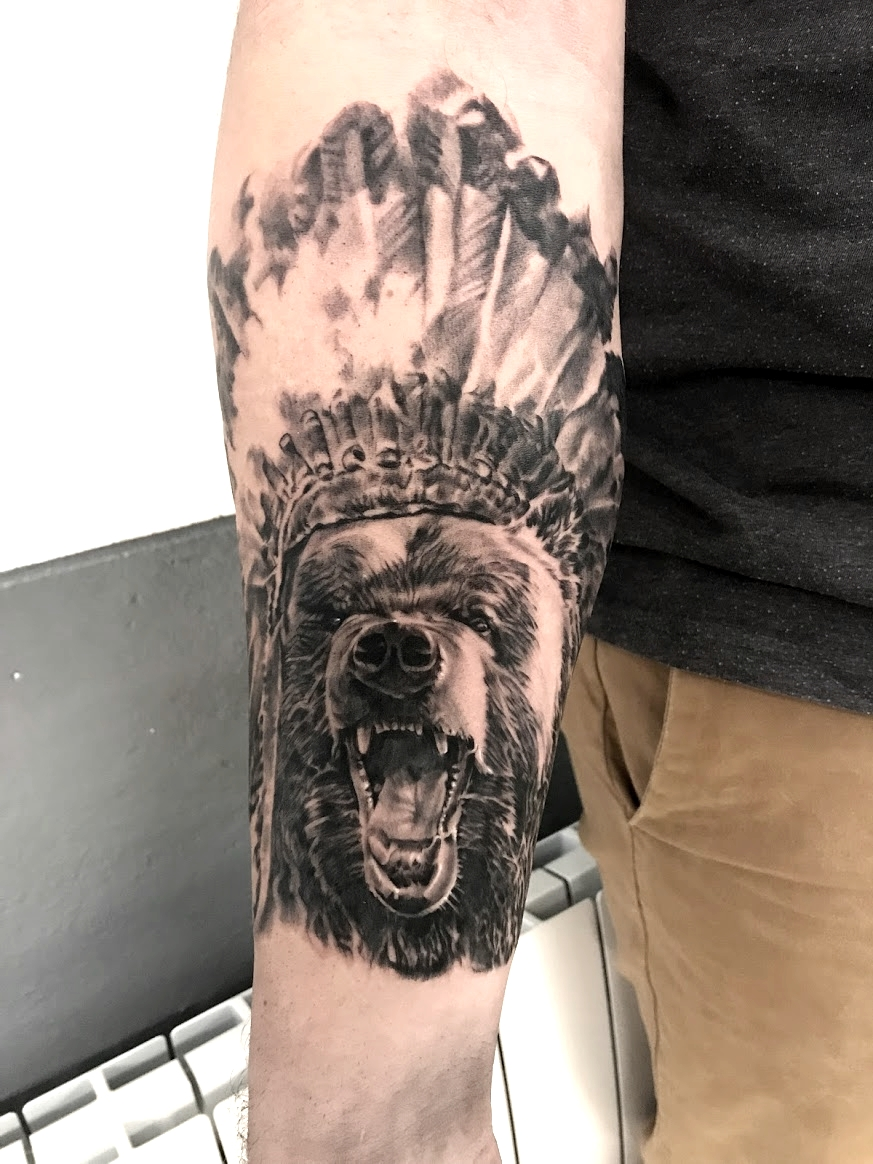 tattoo bear black corner tattoo