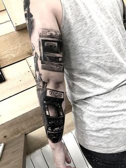 bras année 80 arcade