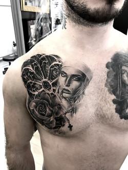 tattoo rosace black corner tattoo