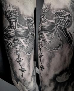 black corner tattoo,bueno,maiden