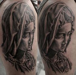 black corner tattoo,bueno,pieta