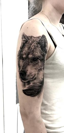 tattoo wolf black corner tattoo