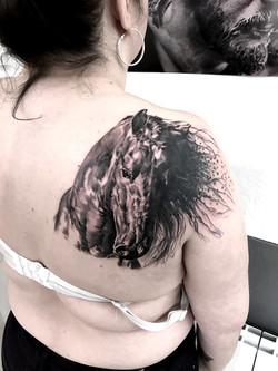 tattoo cheval black corner tattoo