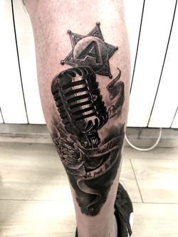 tattoo micro black corner tattoo