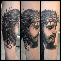 black corner tattoo bueno valence