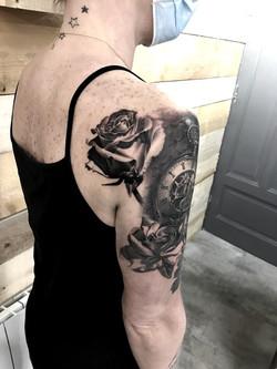 roses montre a gousset cover