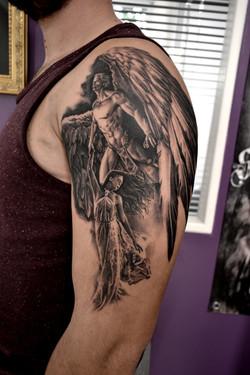 tatouage ange black corner tattoo