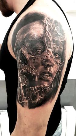 tatouage skull black corner tattoo