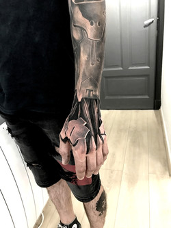 tattoo main black corner tattoo