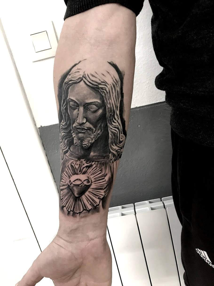 tattoo jesus black corner tattoo