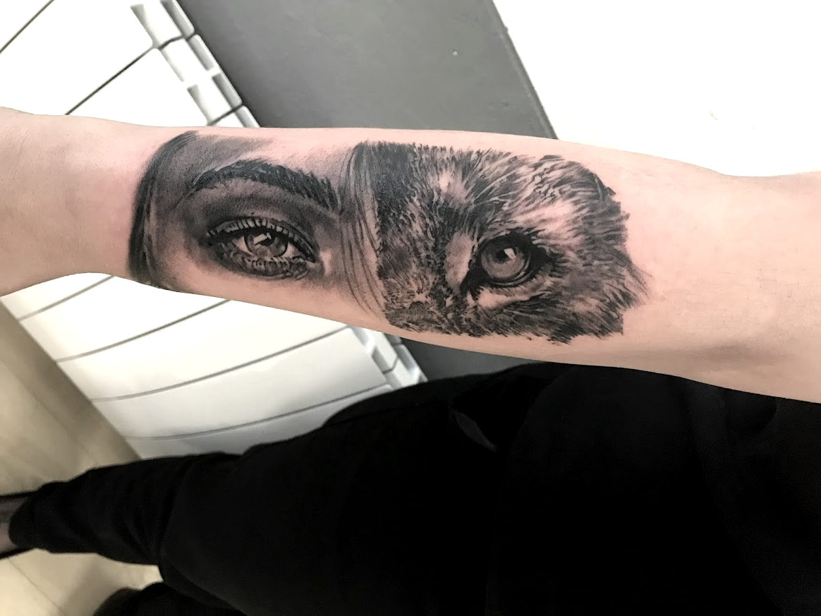 tattoo eyes black corner tattoo