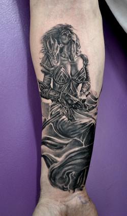 tattoo guerriere black corner tattoo