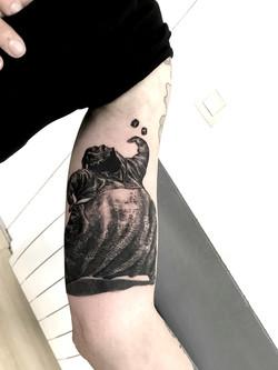 tattoo fun black corner tattoo