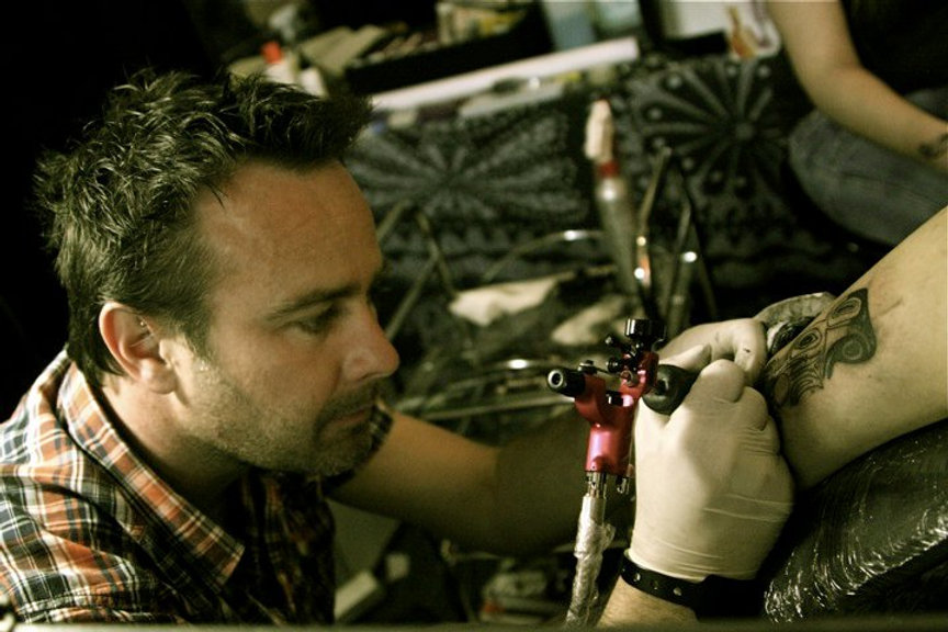 Black Corner Tattoo Stephane Bueno tatoueur