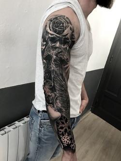 tattoo skull black corner tattoo